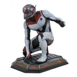 Diamond Select Toys Marvel Gallery: Avengers End Game - Quantum Realm Ant-Man PVC Diorama