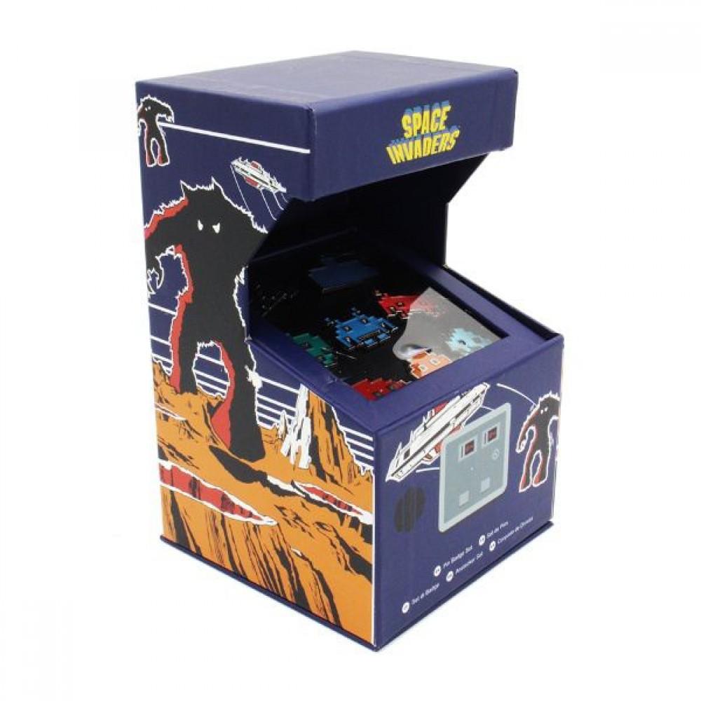 Space Invaders - Arcade Pin Badge Set